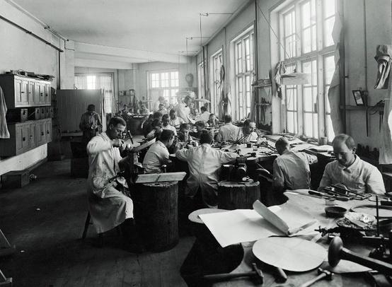 """Georg Jensen """"Heritage"""" billede af værkstedet"""